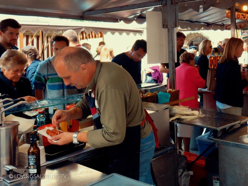 loving Salzburg TV |Würstelstand am Grünmarkt