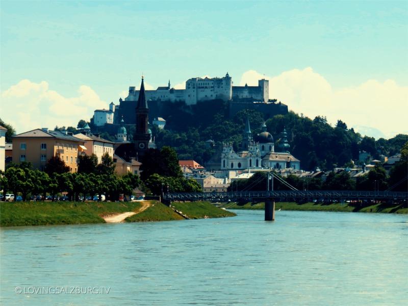 loving Salzburg TV |Salzachufer mit Blick auf Altstadt
