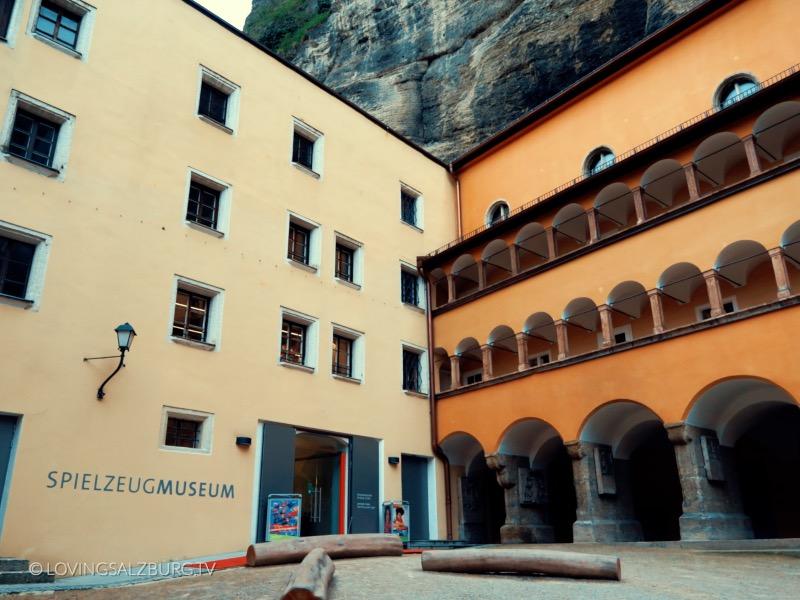 loving Salzburg TV |Spielzeug Museum Salzburg